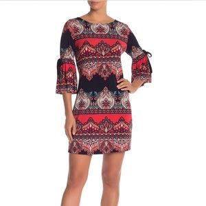 Be by Chetta B Bell Sleeve Shift Dress